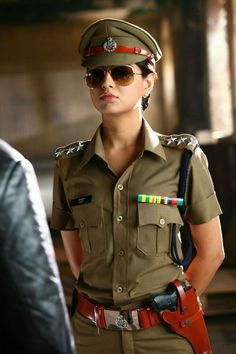 Thigar Movie Stills Female Cop, Female Soldier, Indian Police Service, Police Outfit, Ias Officers, Female Police Officers, Police Uniforms, Military Girl, Military Women