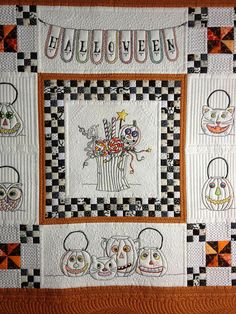 close up, Vintage Halloween, quilted by Jan Hutchison. A beautiful version of the design by Meg Hawkey / Crabapple Hill.  Posted at The Secret Life of Mrs. Meatloaf.