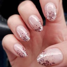 For the most beautiful ideas for shimmer nails art, head over to our gallery. We gathered the best sparkle mani designs for any taste, including rainbow ombre nails, clear French with a metallic accent and many others. Gold Sparkle Nails, Nude Nails With Glitter, Rose Gold Nails, Glitter Nail Polish, Rose Gold Glitter Nails, Gold Nail Art, Sparkles, Cute Nails, Pretty Nails