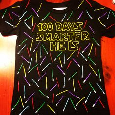 Easy 100 Days of School Shirt Ideas: Celebrate the Day of School with these fun DIY 100 Days of Shirt Ideas that are super quick and easy to make! 100th Day Of School Crafts, 100 Day Of School Project, First Day Of School, School Fun, School Days, School Projects, 100 Day School Shirt, 100 Days Of School Project Kindergartens, 100 Day Project Ideas