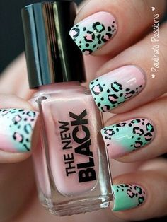 Mint green and pastel pink go great together in this mani!