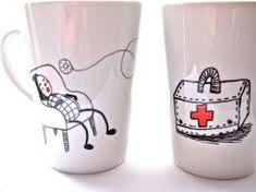 Kuvahaun tulos haulle hand painted mugs Hand Painted Mugs, Pint Glass, Beer, Tableware, How To Make, Painting, Olympus, Digital Camera, Home Decor
