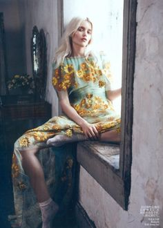 """Vogue China May 2012 