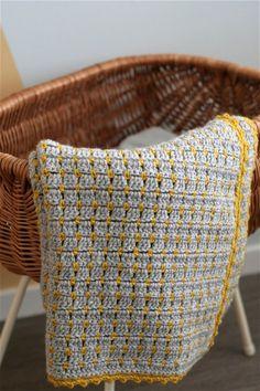Stoere gehaakte babydeken – Cuddlycool Afghan Blanket, Baby Blanket Crochet, Crochet Baby, Free Crochet, Knit Crochet, Crochet Blankets, Easy Knitting Patterns, Crochet Patterns, Throw Rugs