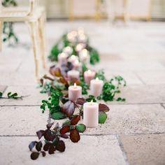 Romantic Early Morning Bridal Inspiration in Ireland (Style Me Pretty) Fall Wedding Cakes, Fall Wedding Bouquets, Fall Wedding Colors, Autumn Wedding, Spring Wedding, Wedding Flowers, Casual Wedding Reception, Wedding Groom, Wedding Ceremony