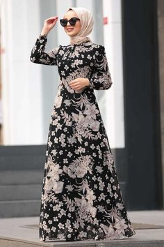 Hijab Dresses, Shawl, Discounted prices for Abaya! Women's Dresses, Flower Girl Dresses, Muslim Dress, Hijab Dress, Hijab Fashion, Fashion Dresses, African Print Dress Designs, Muslim Women Fashion, Daily Dress