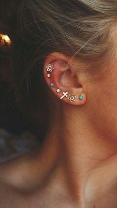 multiple ear piercings earrings : Only if daddy allowed! :P - Pierced Earrings - Ear Piercing Piercing Tattoo, Faux Piercing, Piercing Orbital, Triple Lobe Piercing, Piercing Types, Second Piercing, Double Cartilage, Piercing Aftercare, Cute Ear Piercings