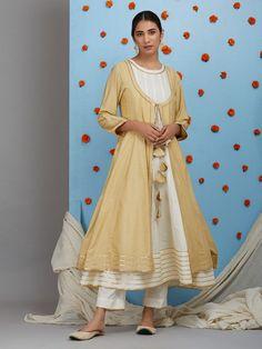 Off White Cotton Silk Sleeveless Anarkali Kurta with Pants and Beige Jacket- Set of 3 Neck Designs For Suits, Designs For Dresses, Shalwar Kameez Pakistani, Salwar Kameez, Salwar Suits, Stylish Dresses For Girls, Girls Dresses, Party Dresses, Palazzo Dress