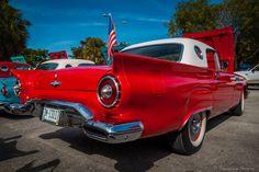 https://flic.kr/p/Fqjj44 | 1957 Ford Thunderbird | Tropical Park Car Show 2014