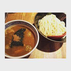 #1204 . 間違いなくない つけ麺で一番すきここ . #つけ麺 #三田製麺所 #豚骨魚介系スープ #ここより美味しいつけ麺教えて #休日 #ひとり満喫 #早朝から行動したのに気づけば夜 by yashiki_yuka