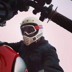 The Bell Moto 3 Motorcycle Helmet Womens Motorcycle Helmets, Motorcycle Style, Motorcycle Gear, Motorcycle Girls, Vintage Bikes, Vintage Motorcycles, Bell Moto 3, Ducati Monster Custom, Bell Helmet