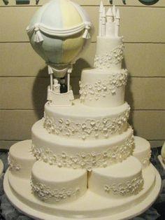 Fantasy Hot air balloon Wedding Cake