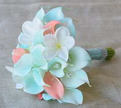 Hey, I found this really awesome Etsy listing at https://www.etsy.com/listing/209345296/silk-flower-wedding-bouquet-tiffany-mint