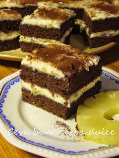 Romanian Desserts, Romanian Food, Cake Cookies, Tiramisu, Sweet Treats, Food And Drink, Sweets, Cooking, Ethnic Recipes