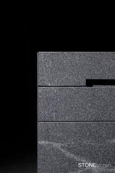 klare Linienführung in Stein gemeißelt. Die STONEkitchen by lueckenfueller.design und stone4you Projects, Design, Natural Stones, Granite Counters, Log Projects, Blue Prints