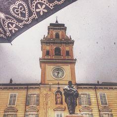 Neve in Piazza Garibaldi, Parma - Instagram by myr1_am