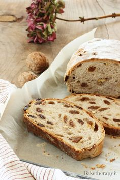 Pan d'autunno- Pan d'autunno Bake therapy – Pan d& Fall Recipes, Sweet Recipes, Biscuit Bread, Fruit Bread, Bread And Pastries, Easy Bread, Snacks, Winter Food, Sweet Bread