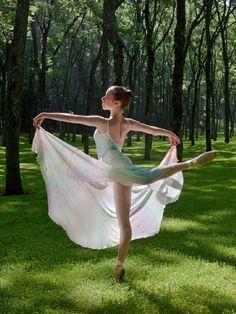 Beautiful Mountain Dancers - Communities Era