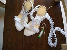 Χειροτέχνημα από Κρήτη - Handmade from Kreta Bling Flip Flops, Gladiator Sandals, Slippers, Dance Shoes, Fashion, Crete, Dancing Shoes, Moda, Fashion Styles