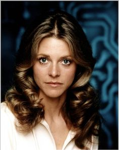 regram Logan's Run Round Two: Producer Saul David's first choice to play Jessica was 26 year old California native Lindsay Wagner. In 1975 Lindsay Wagner was busy with the Six Million Dollar Man and the Bionic Woman she was not cast as Jessica. 80 Tv Shows, Old Shows, Great Tv Shows, Mejores Series Tv, Cinema Tv, Childhood Tv Shows, Bionic Woman, Vintage Television, Actrices Hollywood