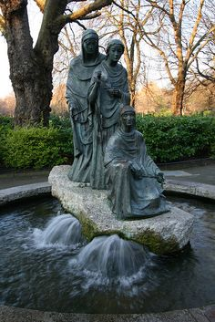 Three Fates Fountain at St. Stephen's Green - Dublin, Ireland