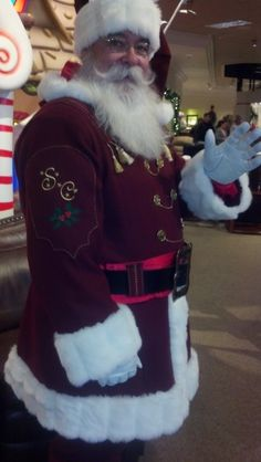 Santa Ted in his Papa 3 Santa Suit Father Christmas, Christmas Wishes, Christmas Fun, Vintage Christmas, Mrs Claus, Santa Clause, Christmas Costumes, Santa Costumes, Santa Outfit