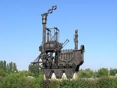Steampunk Tendencies | History of transport monuments, Togliatti, Russia. (Photo : ShinePhantom) New Group : Come to share, promote your art, your event, meet new people, crafters, artists, performers... https://www.facebook.com/groups/steampunktendencies