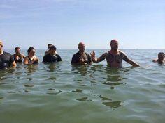 #DanOren spiega le tecniche di #KravMaga in acqua. #IKMF