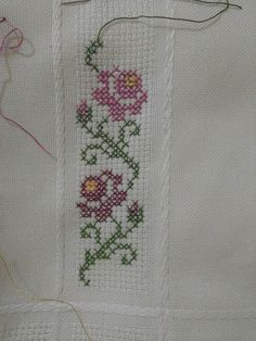 103 Likes, 3 Comments - kanevi This Pin was discovered by Ayş Cross Stitch Bookmarks, Mini Cross Stitch, Beaded Cross Stitch, Cross Stitch Borders, Cross Stitch Flowers, Cross Stitch Kits, Cross Stitch Designs, Cross Stitching, Cross Stitch Embroidery