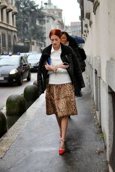7 Cool Ways to Wear Leopard Print with Red Hair — How to be a Redhead Taylor Tomasi, Milan Fashion Weeks, New York Fashion, Paris Fashion, Women's Fashion, Stockholm Street Style, Street Style Blog, Paris Street, Looks Style