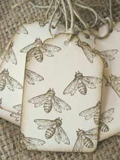 Bee Tags Bee gift wrap Vintage Old Fashioned Honey Bee Hang Tags Set of Eight Card Tags, Gift Tags, I Love Bees, Bee Gifts, Bee Cards, Bee Happy, Save The Bees, Paper Tags, Bees Knees