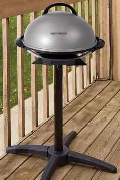 The George foreman indoor outdoor electric grill is perfect for entertaining. Use the 240 square inch non-stick cooking surface to make a delicious dinner, or move it outdoors for a classic barbecue. Outdoor Living Patios, Indoor Outdoor, Outdoor Decor, Outdoor Electric Grill, Grill Plate, George Foreman, Charcoal Grill, Barbecue, Riding Helmets