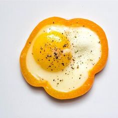 Egg in a Pepper Gluten Free Cookies, Gluten Free Recipes, Healthy Recipes, Healthy Meals, Mexican Food Recipes, Dinner Recipes, Breakfast Items, Vegetarian Paleo, Refried Beans