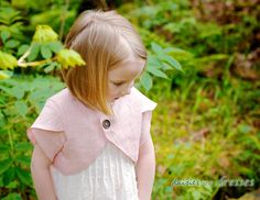 daisies and dresses: Tulip Sleeve Jacket Tutorial