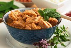 Thai Chicken And Peanut Curry Basil Chicken, Thai Chicken, Peanut Curry, Cooking Tips, Cooking Recipes, Peanut Chicken, Oriental Food, Curry Paste, Gluten Free Chicken
