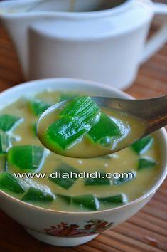 Diah Didi's Kitchen: Es Agar2 Kuah Santan ( Es Cincau Hijau Tiruan ^_^ )