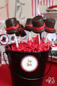 Magician Hat pops! Inspired by the Leprechaun Hats on @DollhouseBakeshoppe ~ http://blog.dollhousebakeshoppe.com/2012/02/leprechaun-hat-marshmallow-pops.html?utm_source=BP_recent