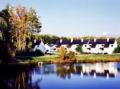 For a great family resort check out The Historic Powhatan Resort in Williamsburg, Virginia