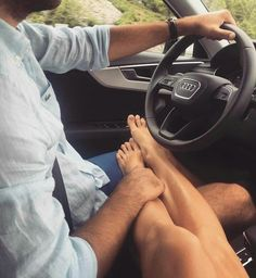 40 Couple goals Pics & bucket list for 2020 that'll make you believe in fairy tales - Hike n Dip - Reality Worlds Tactical Gear Dark Art Relationship Goals Couple Goals Relationships, Marriage Goals, Relationship Goals Pictures, Relationship Captions, Boyfriend Goals, Future Boyfriend, Make You Believe, Foto Pose, Cute Couples Goals
