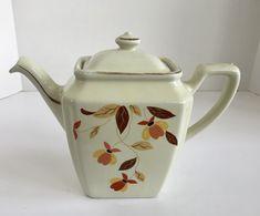 Vintage Hall Jewel Tea Autumn Leaf 6 Cup Teapot