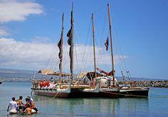Hokulea, Hikianalia canoes drop anchor off Hilo