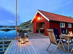 Red Cottage, Lake Cottage, Coastal Style, Coastal Living, Beautiful Homes, Beautiful Places, Boat Shed, Haus Am See, Cliff House