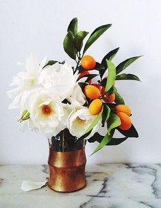 Avec des fruits. - 32 petits arrangements floraux - Elle Décoration