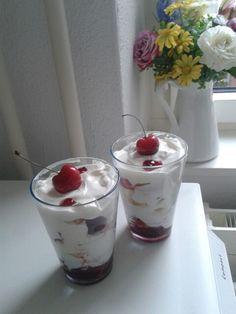 Cherry, banana, apple and greek yoghurt sundaes.... perfect for summer!