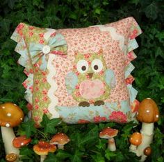 Betty Barn Owl - by Sally Giblin- Rivendale - Cushion Pattern - $12.00 : Fabric Patch, Patchwork Quilting fabrics, Moda fabric, Quilt Supplies, Patterns