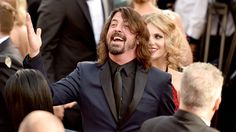 UPDATE: Comic genius Dave Grohl strikes again Newswire: UPDATE: The Foo Fighters are on indefinite hiatus        Prepare yourself citizens of The Kingdom Of Endlessly Unchanging Dad-Rock: your corny-joke-cracking  broken-legged  overlord Dave Grohl may once again be on the rise. Rumors are swirling today that a major change is coming for Grohl and the Foo Fighters spurred on by a Twitter announcement that theres an official band announcement planned for tonight.     Official band…