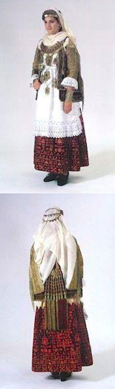 Νυφική φορεσιά Σπάτων εμπρός Greek Traditional Dress, Traditional Outfits, Attica Athens, Serbian, Greeks, Bulgarian, Ancient Greece, Bohemian, Clothing