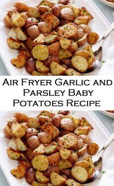 Air Fryer Garlic and Parsley Baby Potatoes Recipe - Popular Recipes - Air Fryer Oven Recipes, Air Frier Recipes, Air Fryer Dinner Recipes, Air Fryer Recipes Vegetarian, Quick Recipes, New Recipes, Cooking Recipes, Healthy Recipes, Simple Recipes