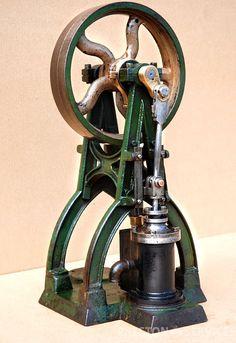 "A-FRAME ENGINE Vertical Single Cylinder 1½"" x 2½"" – PRESTON SERVICES"