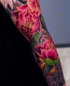 Japanese tattoo sleeve by japaneseink japanesetatto – Tattoo World Irezumi Tattoos, Tattoos Skull, Dragon Tattoos, Japanese Tattoo Designs, Japanese Sleeve Tattoos, Full Sleeve Tattoos, Japanese Peony Tattoo, Tattoo Japanese Style, Pretty Tattoos